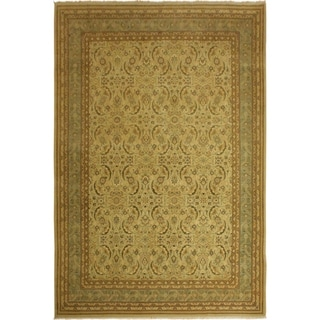 Istanbul Sparkle Tan/Lt. Green Wool Rug (10'1 x 13'10) - 10 ft. 1 in. x 13 ft. 10 in.