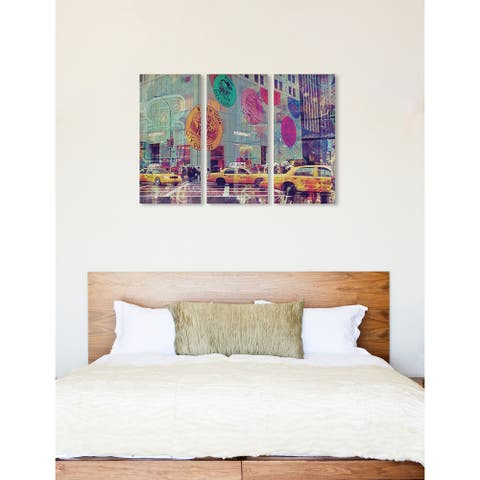 """Oliver Gal 'NYC Fashion Taxi Triptych' 3 Piece Set, Wall Art Print on Canvas - Green - 17"""" x 36"""" x 3 panels"""