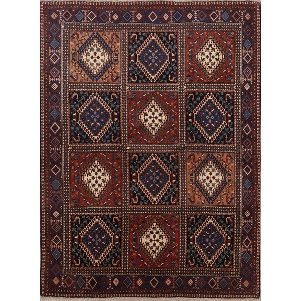 """Traditional South-West Yalameh Hand Knotted Shiraz Persian Area Rug - 6'8"""" x 4'11"""""""