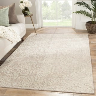 Roel Hand-Knotted Medallion Area Rug - 5' x 8'