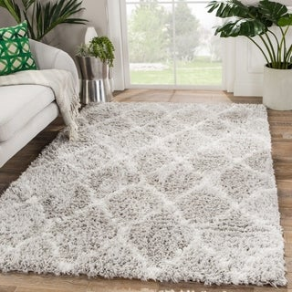 Lakely Trellis Light Gray/ White Area Rug - 2' x 3'