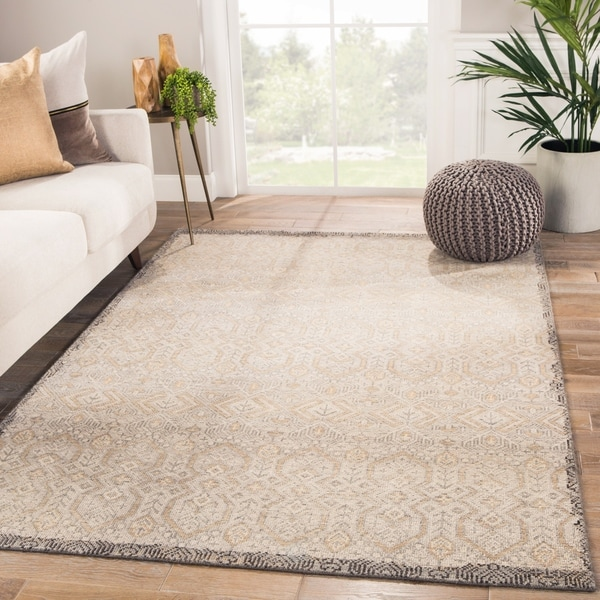 Orson Hand-Knotted Tribal Gray/ Gold Area Rug - 5' x 8'
