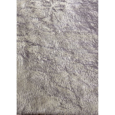 "White Gray Faux Fur 8x11 Rug - 7'6"" x 10'3"""