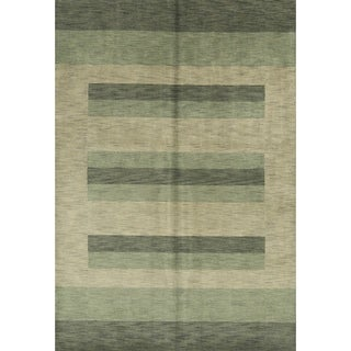 """Strick & Bolton Corbin Green Hand-knotted Wool Area Rug - 6'7"""" x 9'8"""""""