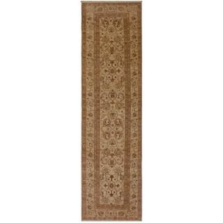 Kafkaz Peshawar Taisha Ivory/Ivory Wool Rug (2'8 x 10'10) - 2 ft. 8 in. x 10 ft. 10 in.