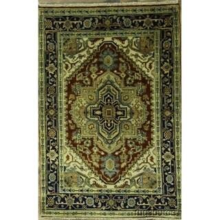 "Heriz Classical Oriental Hand Knotted Woolen Area Rug - 5'11"" x 4'0"""