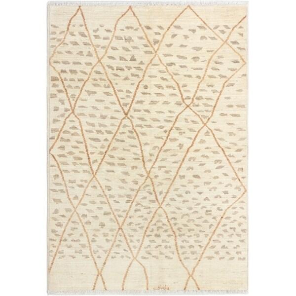 ECARPETGALLERY Hand-knotted Shalimar Cream Wool Rug - 6'2 x 8'9