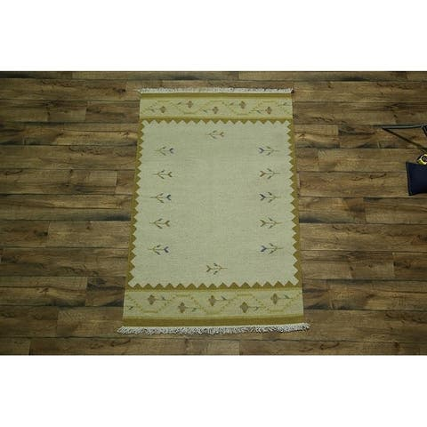"Copper Grove Marslet Hand Made Classical Traditional Oriental Area Rug Beige - 4'0"" x 6'0"""