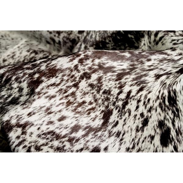 Carbon Loft Alzayyat White/ Chocolate Cowhide Area Rug - 5' x 7'