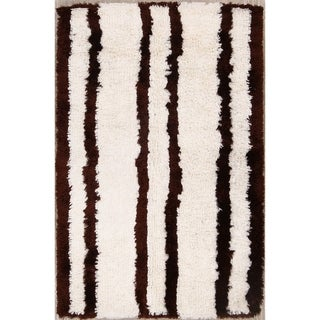"Porch & Den Teddy Beige Hand-tufted Shaggy Contemporary Area Rug - 8'0"" x 5'1"""