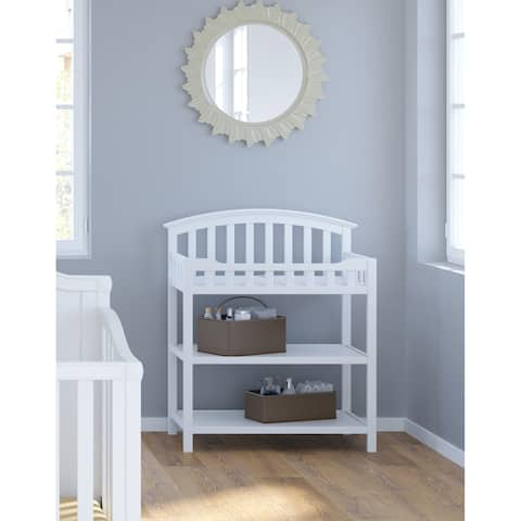Graco Nursery Changing Table for Infants or Babies - Includes Water-Resistant Changing Pad and Safety Strap