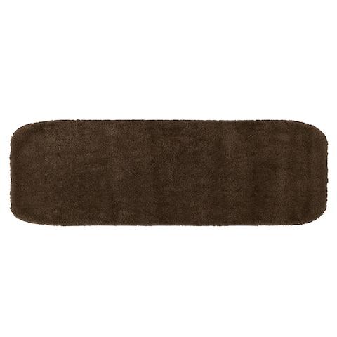 Traditional Chocolate Plush Washable Nylon Bathroom Rug Runner
