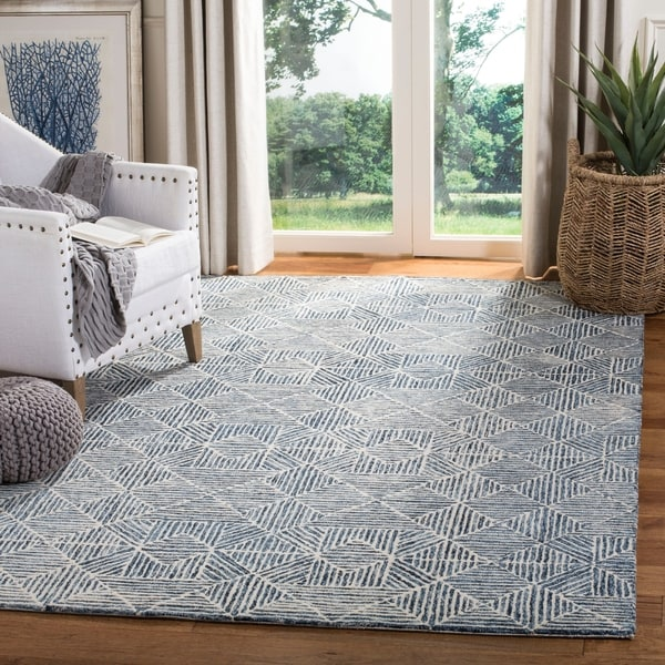 Safavieh Handmade Abstract Modern & Contemporary Blue Wool Rug by Safavieh