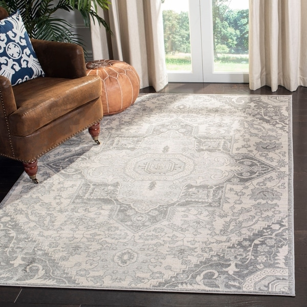 Safavieh Brentwood Whitney Traditional Oriental Rug