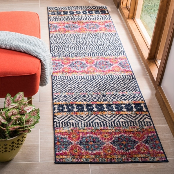 "Safavieh Madison Cleo Bohemian Eclectic Navy / Ivory Area Rug - 2'3"" x 6'"