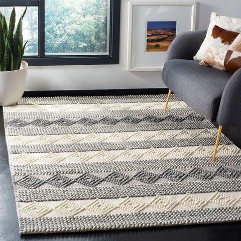 Safavieh Handmade Natura Transitional Grey / Ivory Wool Rug - 6' x 6' Square