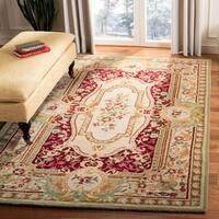Safavieh Handmade Savonnerie Traditional Red / Ivory Wool Rug - 6' x 6' Square