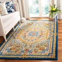 Safavieh Handmade Savonnerie Traditional Blue / Ivory Wool Rug - 6' x 6' Square