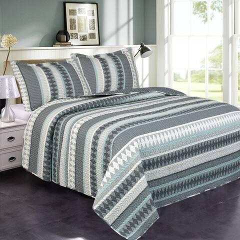 3 Piece Printed Lightweight Bedding Quilt Set