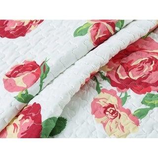 Cozy Line Darrius 3 Piece Floral Quilt Set