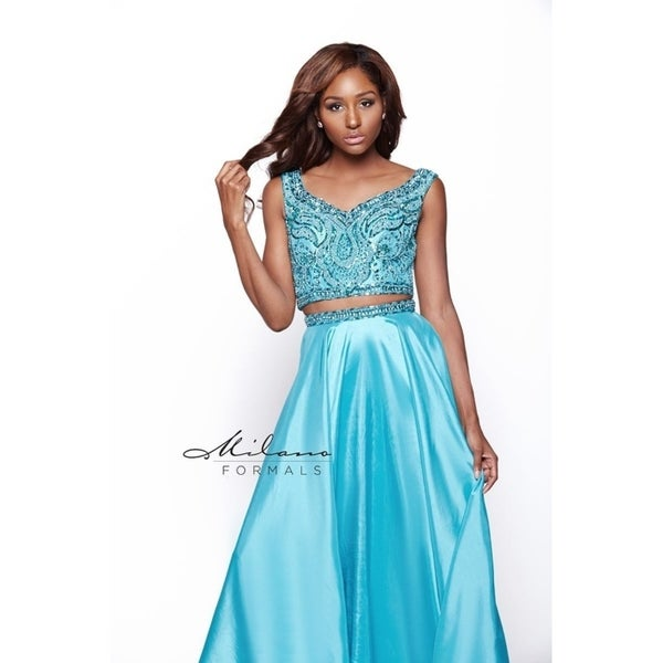 257542b4824 Shop Classic Two piece Homecoming Gown from Milano Formals  E2020 ...