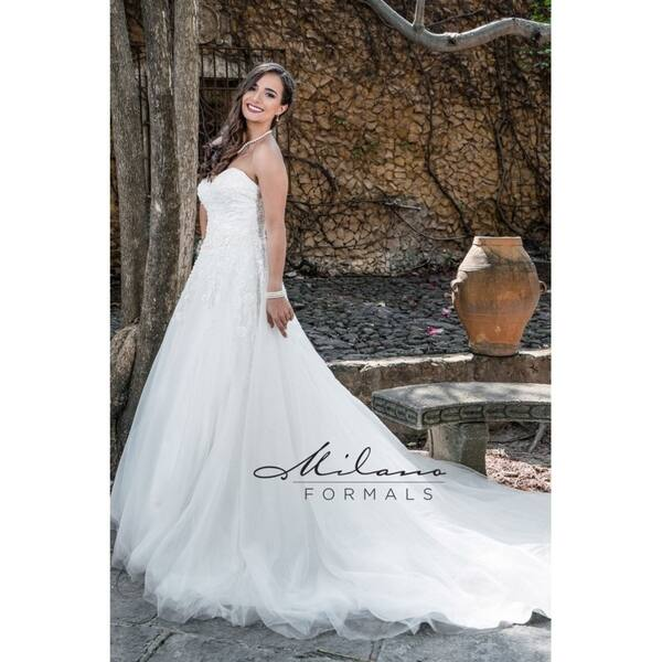 Flowing Classic Wedding Gown From Milano Formals Aa9322