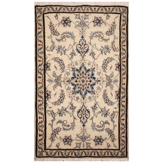 Handmade Nain Wool Rug (Iran) - 2'10 x 4'9