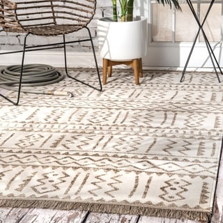The Curated Nomad Frida Ivory Indoor/ Outdoor Aztec Trellis Tassels Area Rug