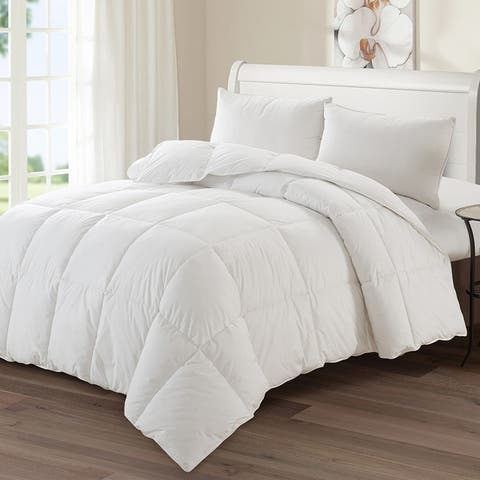 Luxury Goose Down-Polyester Medium Warmth Comforter