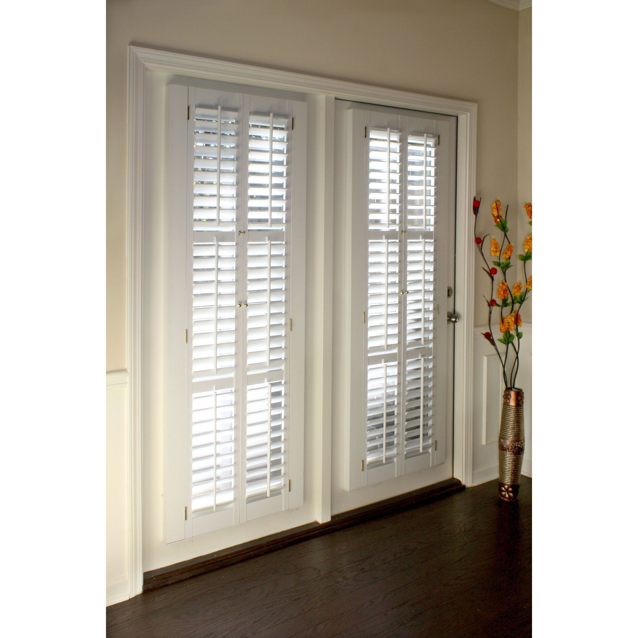 White 2 1 4 Inch Slats Plantation Shutter 39 Wide