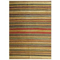 Handmade Sindhi Green Jute Area Rug (4' x 6')