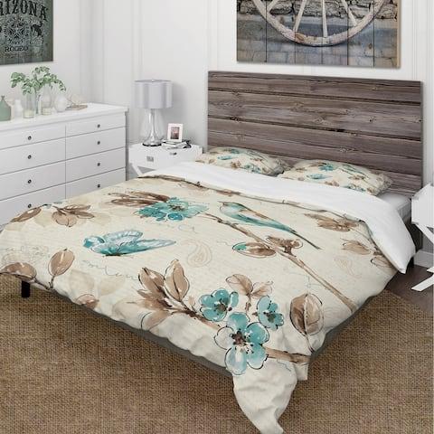 Designart 'Beige Bird Wings' Cottage Bedding Set - Duvet Cover & Shams