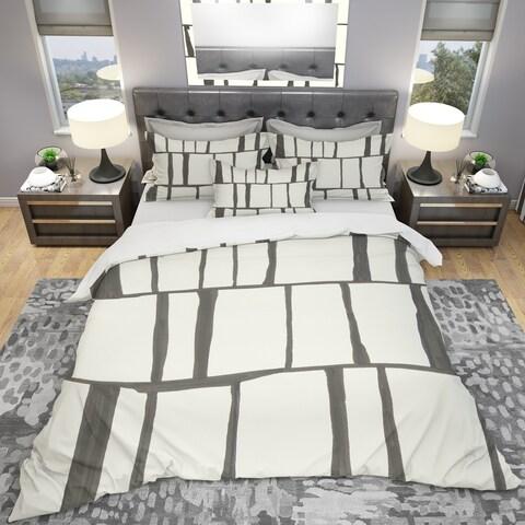 Designart 'minimalist black and white I' Geometric Bedding Set - Duvet Cover & Shams