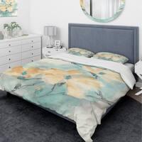 Designart 'Teal Buds II' Traditional Bedding Set - Duvet Cover & Shams
