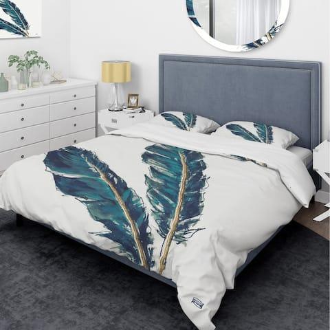 Designart 'Gold Indigo Feathers III' Glam Bedding Set - Duvet Cover & Shams