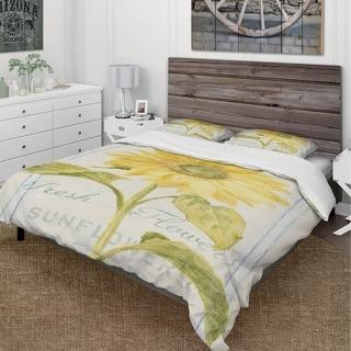 Link to Designart 'Floursack Florals II' Cottage Bedding Set - Duvet Cover & Shams Similar Items in Duvet Covers & Sets