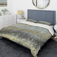 Designart 'Glam Rain Abstract III' Glam Bedding Set - Duvet Cover & Shams