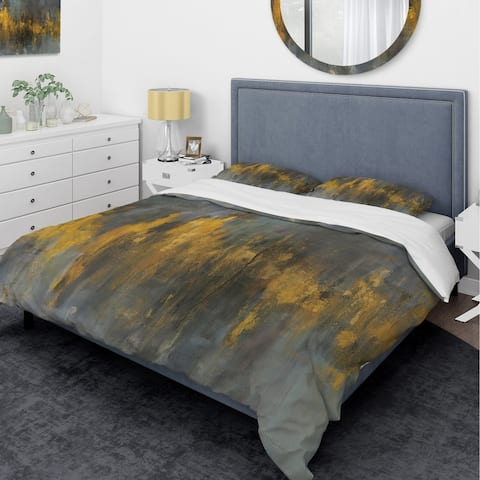 Designart 'Black and Gold Glam Abstract' Glam Bedding Set - Duvet Cover & Shams