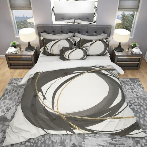 Designart 'Gold Glamour Circle IV' Geometric Bedding Set - Duvet Cover & Shams