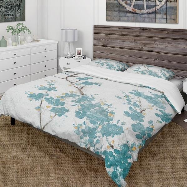 Designart 'Teal Cherry Blossoms II' Farmhouse Bedding Set - Duvet Cover & Shams