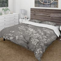 Designart 'White Cherry Blossoms II' Farmhouse Bedding Set - Duvet Cover & Shams
