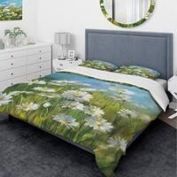 Designart 'Summer Field II' Traditional Bedding Set - Duvet Cover & Shams
