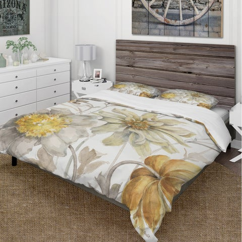 Designart 'Fields of Gold Watercolor Flower V' Cottage Bedding Set - Duvet Cover & Shams