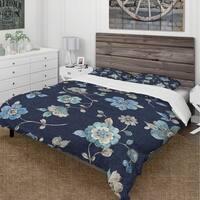 Designart 'Indigold metallic Flower Pattern' Cottage Bedding Set - Duvet Cover & Shams