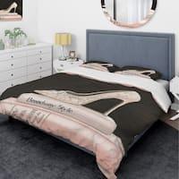 Designart 'Pink Fashion & Glam high heels II' Glam Bedding Set - Duvet Cover & Shams