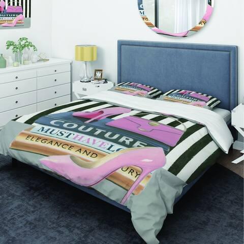 Designart 'Glam fashion High Heels VII' Glam Bedding Set - Duvet Cover & Shams