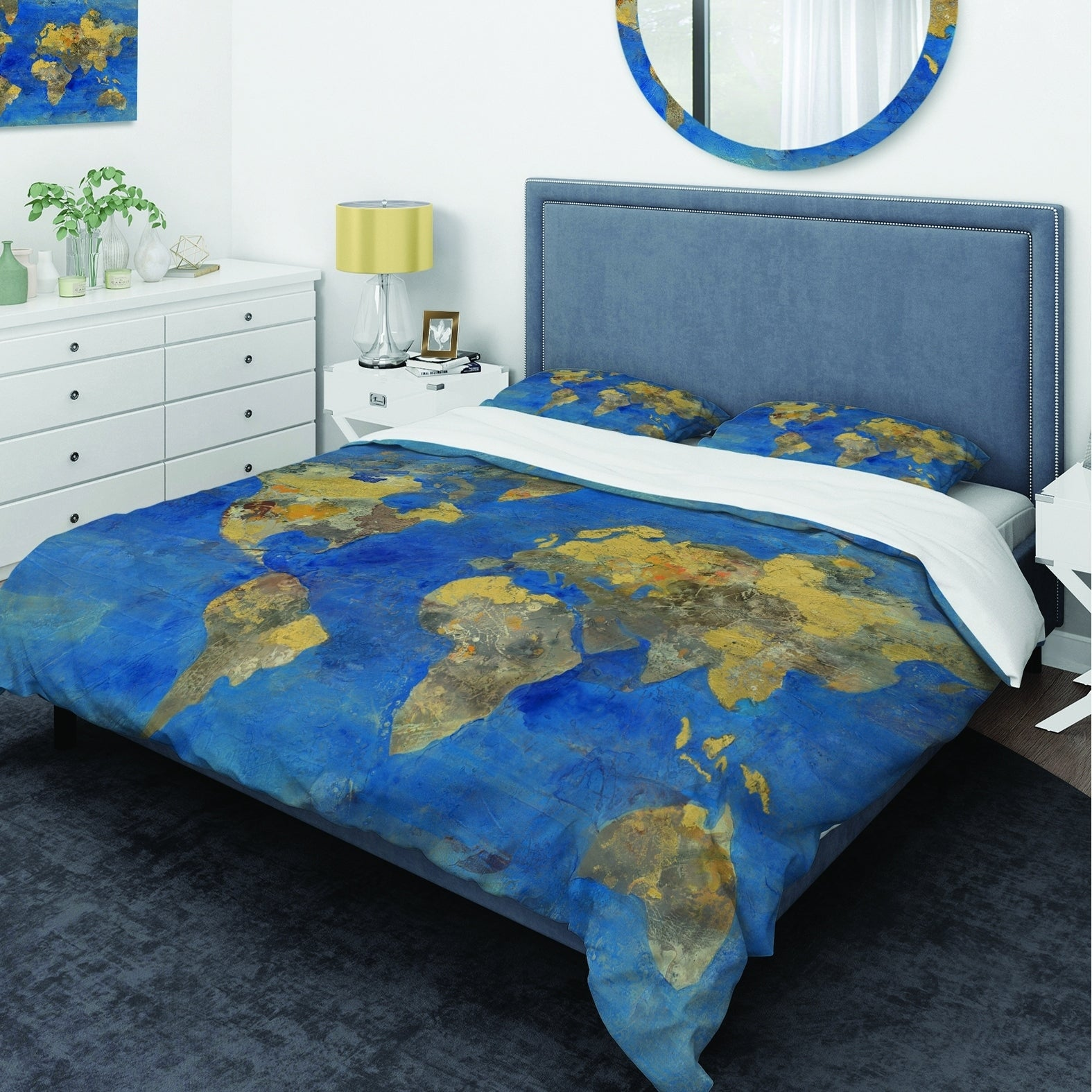 Designart \'Golden Glam World Map\' Glam Bedding Set - Duvet Cover & Shams