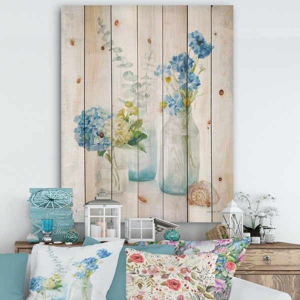 Designart 'Cottage Florals III' Farmhouse Print on Natural Pine Wood - Blue