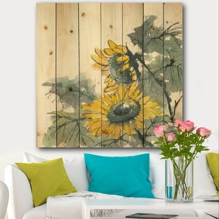 Designart 'Tradionnal Sunflower II' Cabin & Lodge Print on Natural Pine Wood - Multi-color