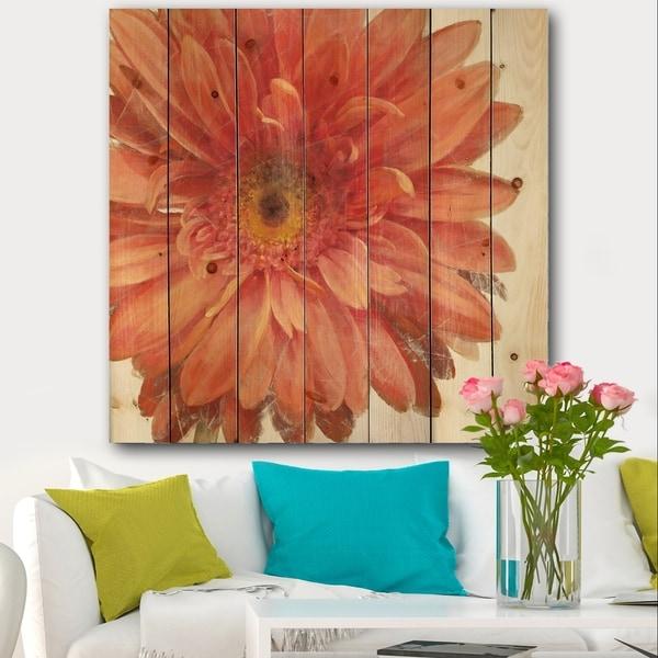 Designart 'Vivid Red Daisy' Floral & Botanical Print on Natural Pine Wood - Orange/Pink